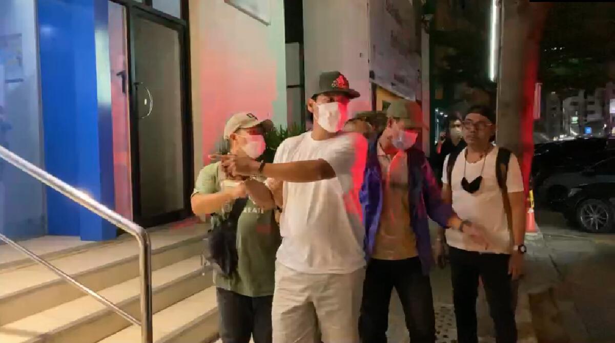 รวบแล้ว! หนุ่มตกอับปล้นแบงก์ทหารไทยวานนี้รับติดพนันออนไลน์