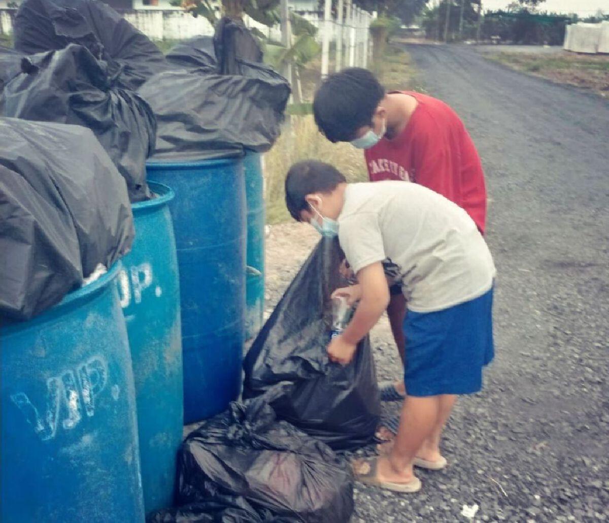 หนุ่มเผยแชท หนูน้อยวัย 14 ประกาศขายไตหวังเลี้ยงแม่และน้อง