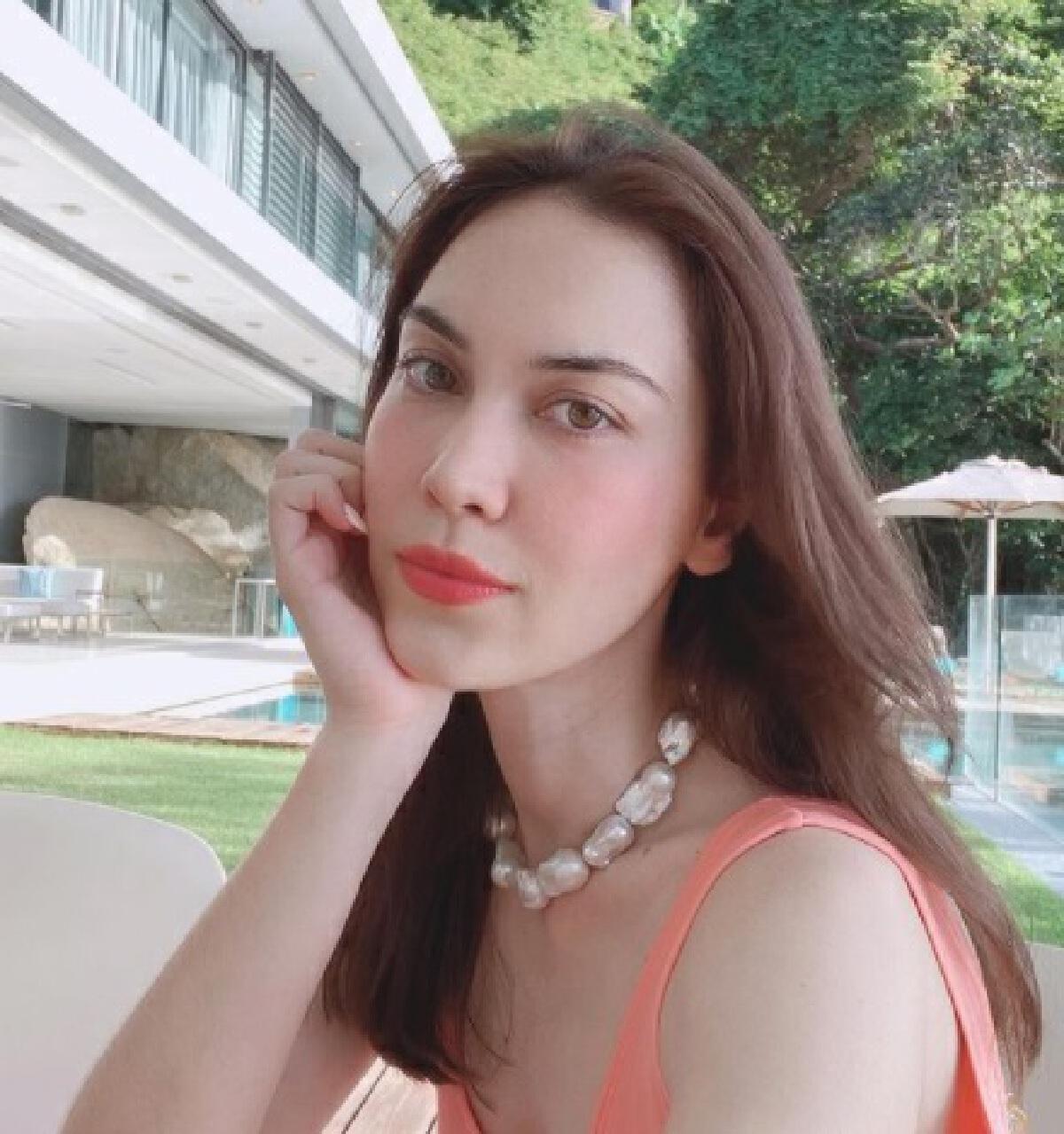 แมท ภีรนีย์ งานเข้า! ปมชาวเน็ตจับผิดแชทคุย แพท เคยคิดอันฟอลพี่ผู้หญิง?