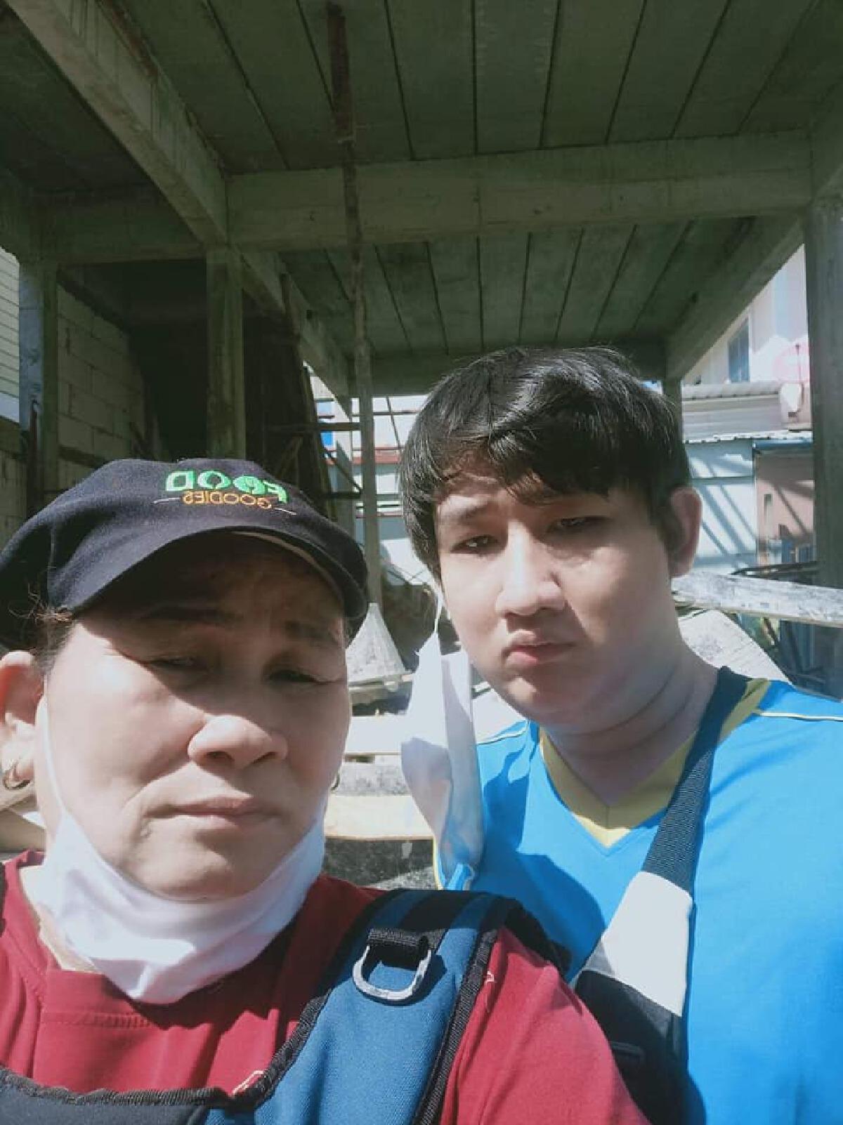 หนุ่มพิการประกาศขายไต หวังช่วยแม่หาเงินสร้างบ้าน หลังถูกผู้รับเหมาโกง