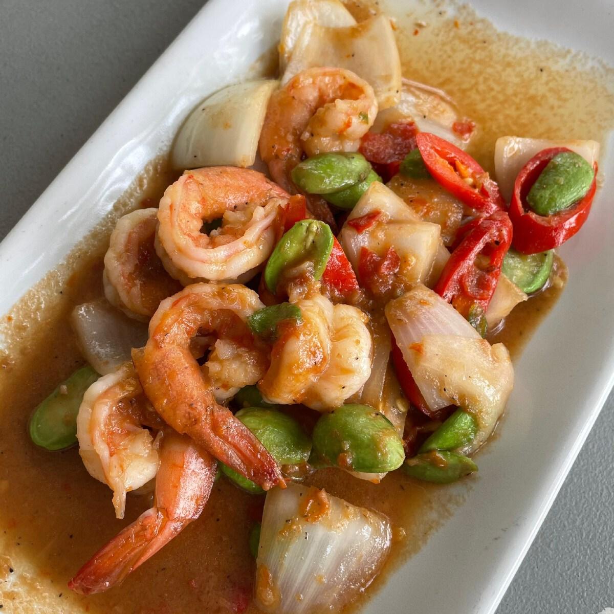 Stir-Fried Bitter Bean with Shrimp