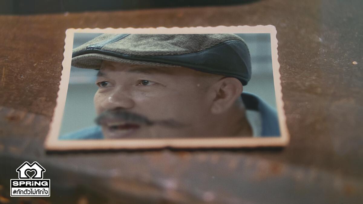ผลงานเด่น น้าค่อม ชวนชื่น ผู้สร้างรอยยิ้มให้คนไทยตลอดการ