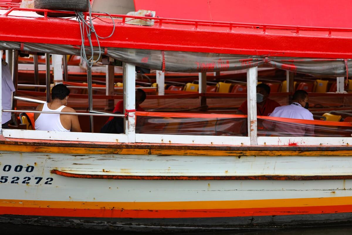 เรือด่วนเจ้าพระยาปรับแผนหยุดวิ่งวันหยุด