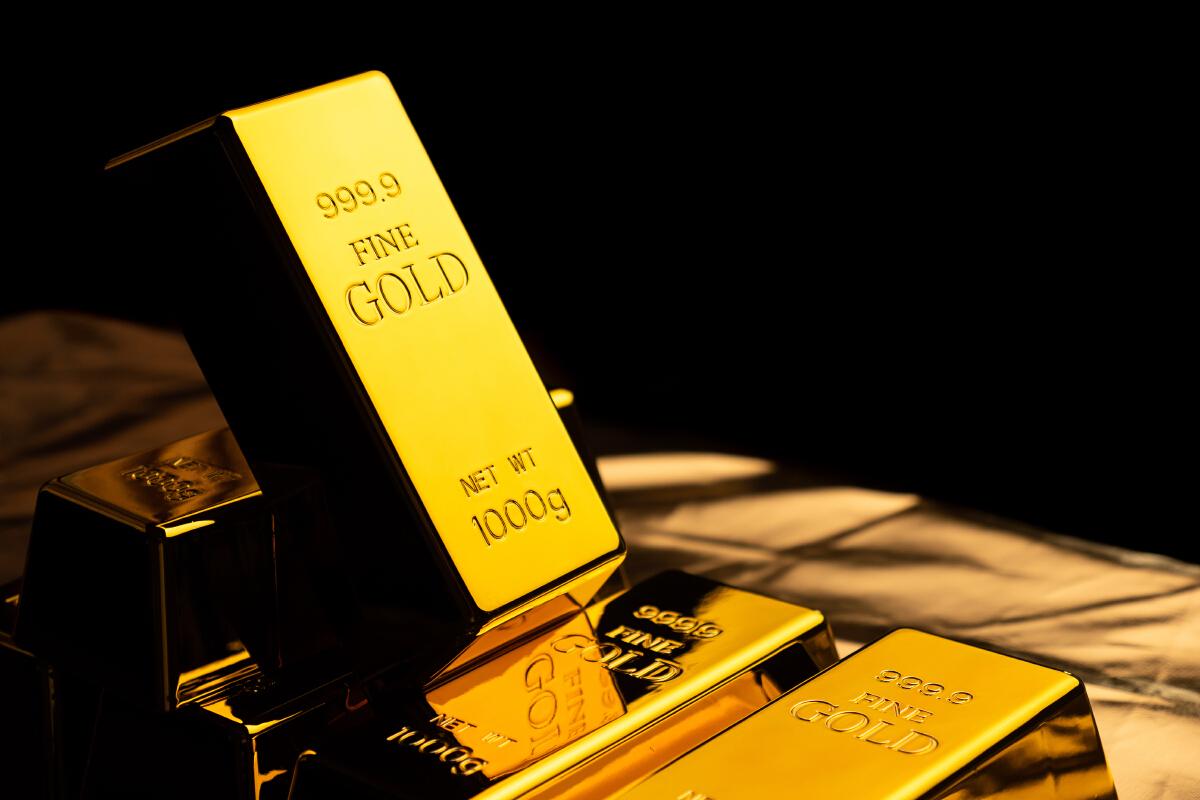 วันนี้'ราคาทอง' เปิดตลาดร่วง 350 บาท โอกาสดีลงทุนทองคำ - หมั้นสาว