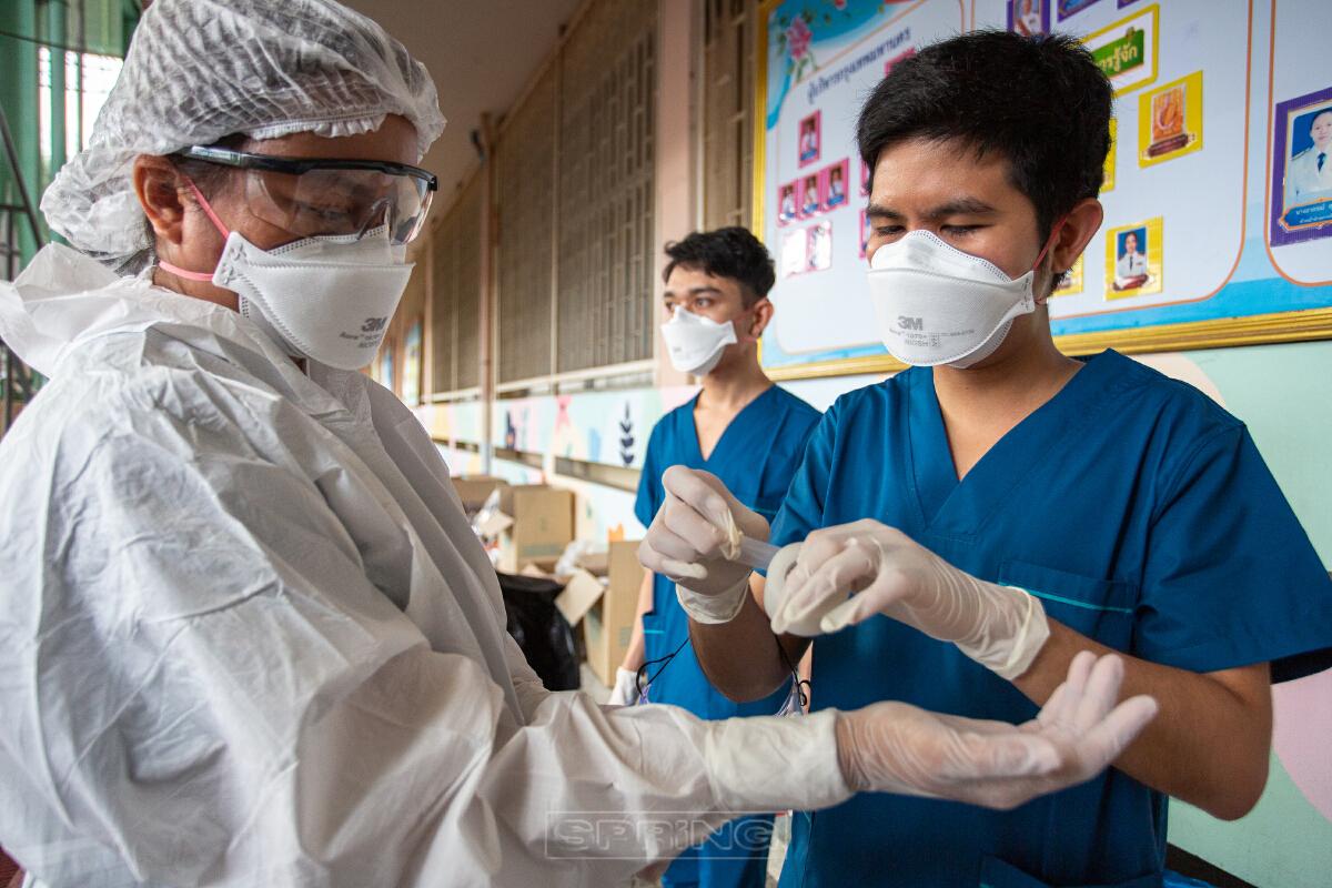ทีมแพทย์ชนบท บุกกรุงเทพมหานคร ช่วยคัดกรองตรวจเชิงรุก