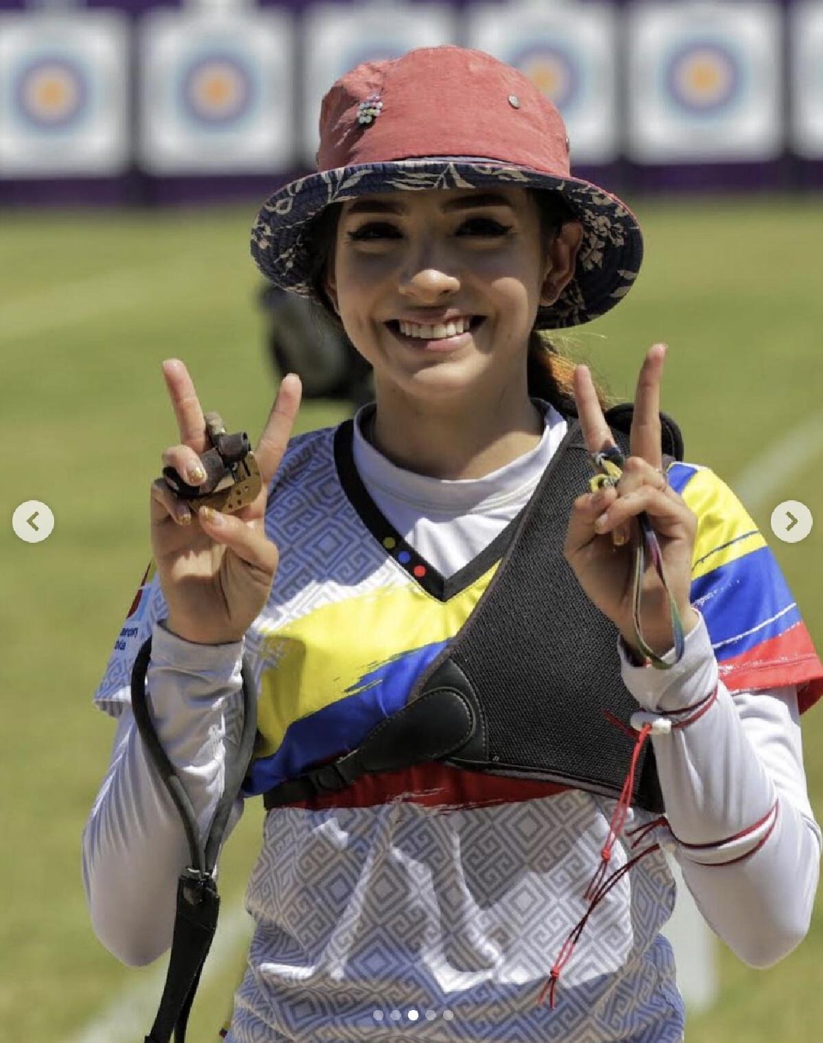 """เปิดวาร์ป Valentina Acosta Giraldo นักธนูสาวโคลอมเบีย """"สวยสุดโอลิมปิก"""""""