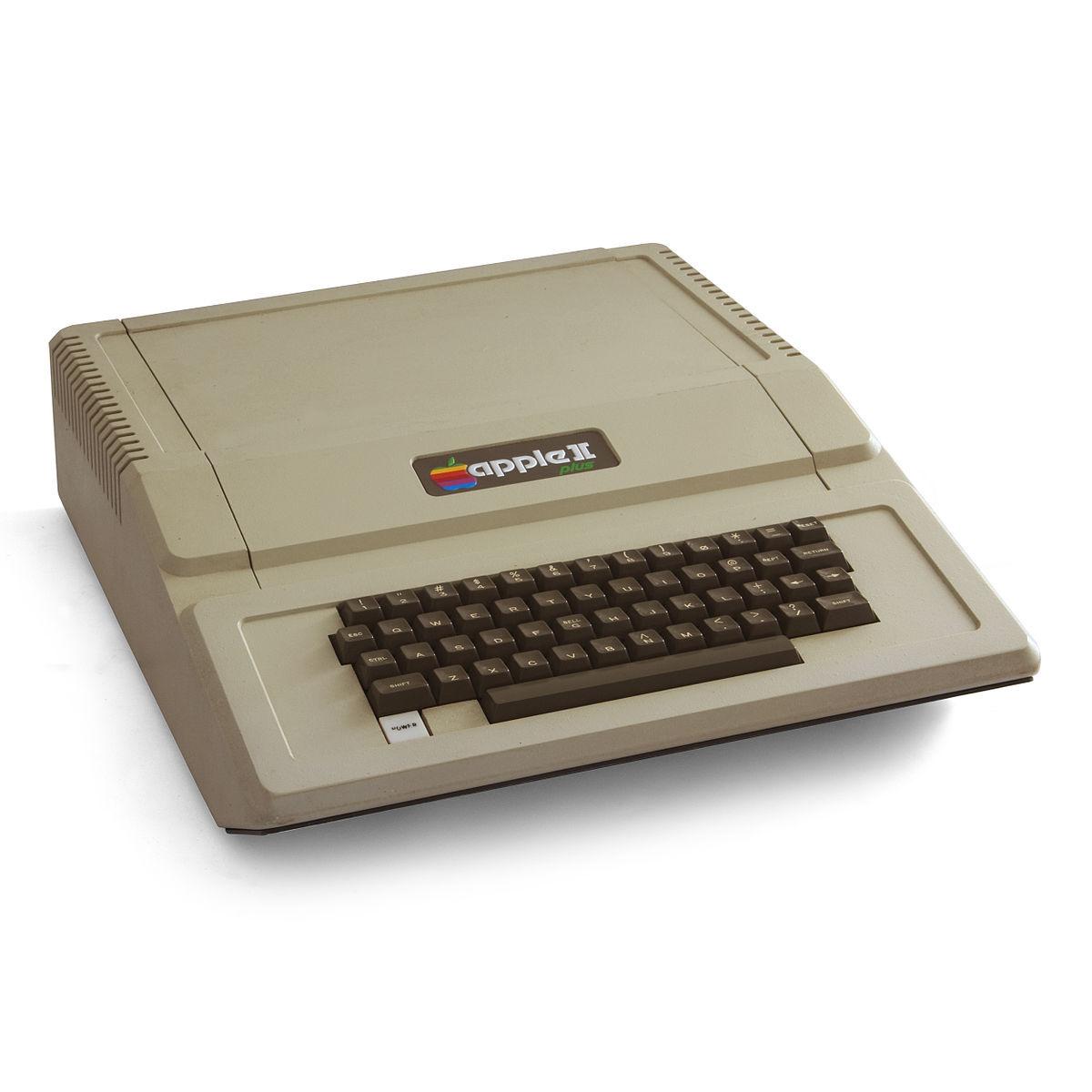 คู่มือ Apple II ที่ลงนามโดย สตีฟ จ็อบส์ ถูกประมูลไปมากกว่า 26 ล้านบาท
