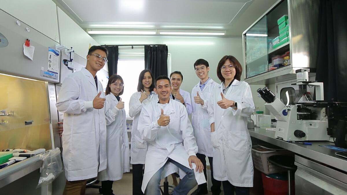 วัคซีนโควิด-19 แบบพ่นจมูก ทีมวิจัยไวรัสวิทยา