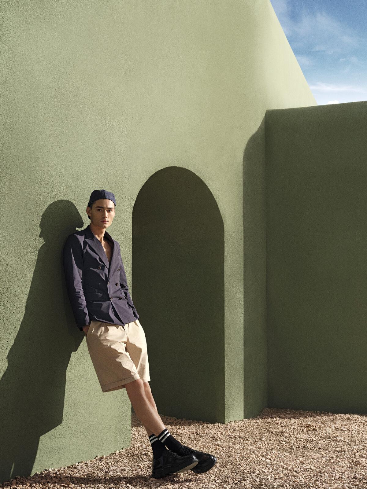 G2000 New Collection ชุดทำงานฟังก์ชั่นครบ เน้นความสบายในการสวมใส่