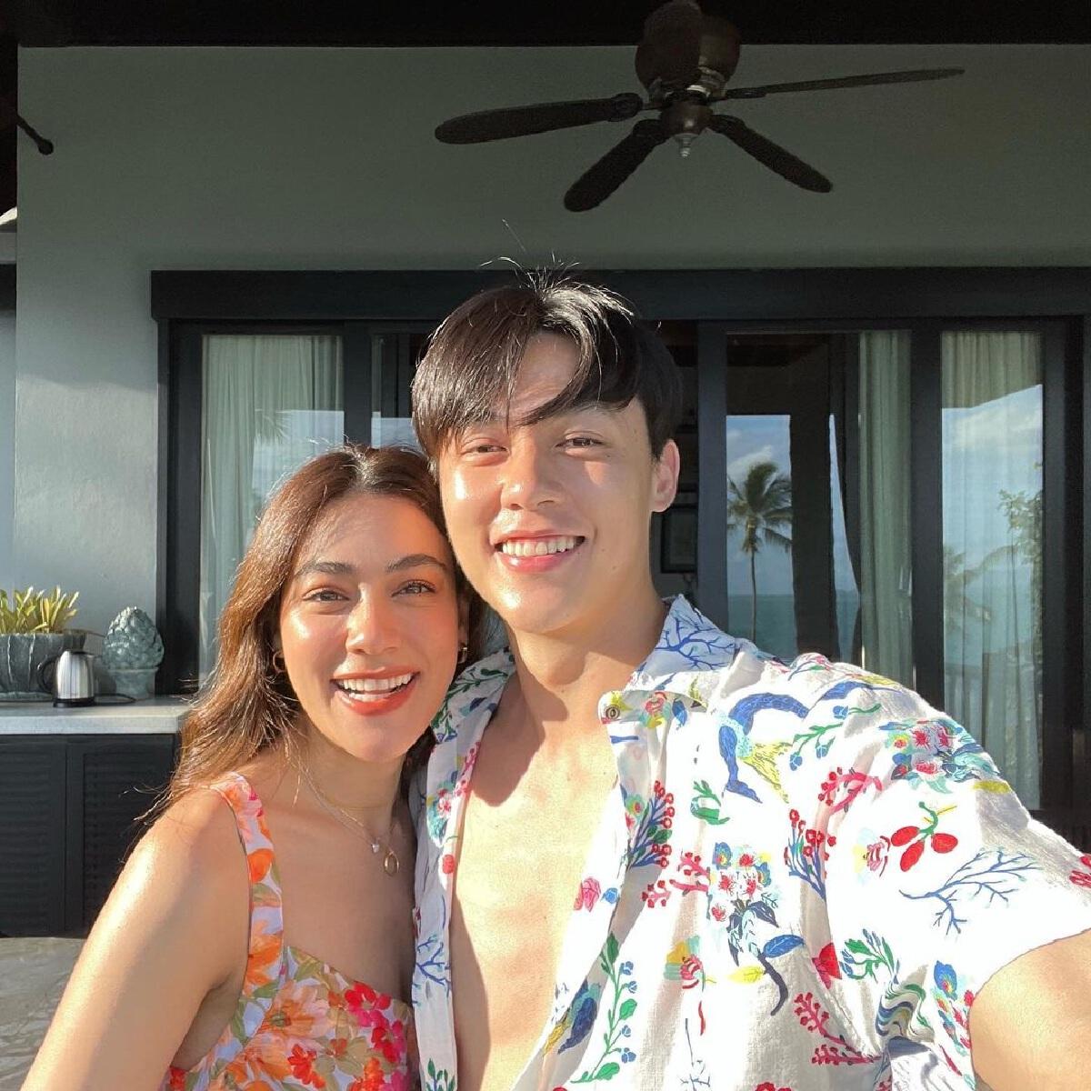 หมาก ปริญ จูงมือ คิมเบอร์ลี่ ฉลองรัก 8 ปี ริมทะเลสุดหวาน คนเชียร์แต่งเลย!