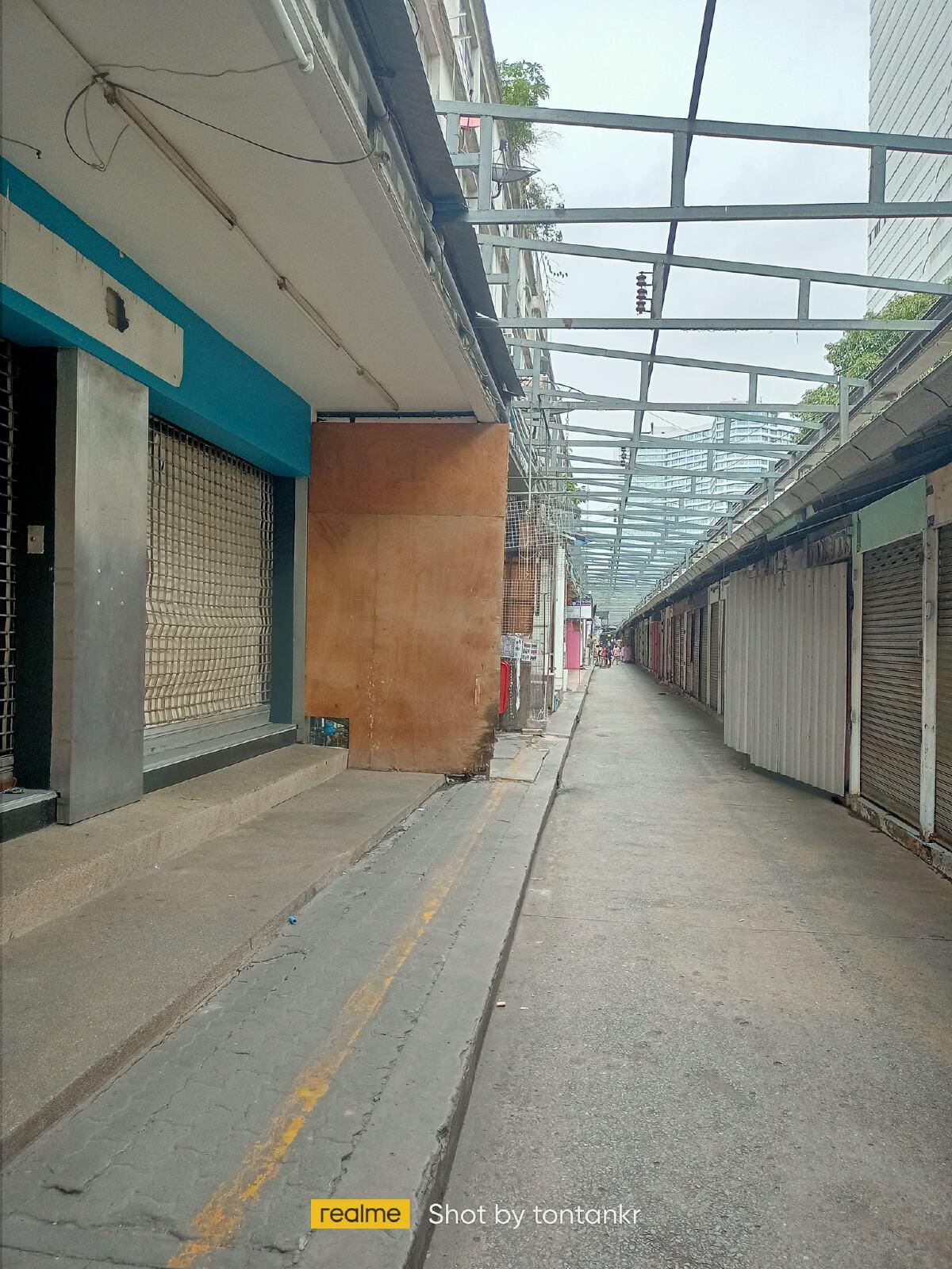 """ไม่มีอีกแล้ว! เผยภาพล่าสุด """"ตลาดคลองสาน พลาซ่า"""" ถูกทุบเตรียมส่งคืนการรถไฟฯ"""