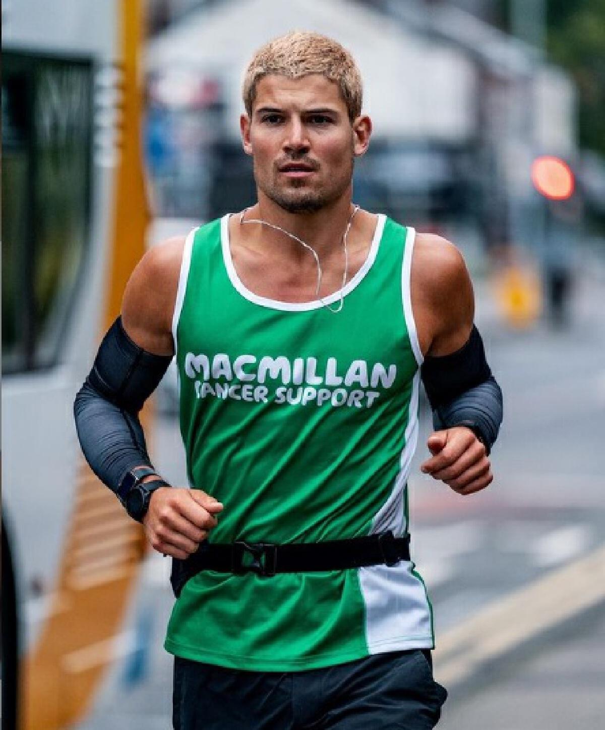 วิลเลี่ยม กู๊ดจ์ (William Goodge) วิ่งจบ 48 มาราธอนใน 30 วัน