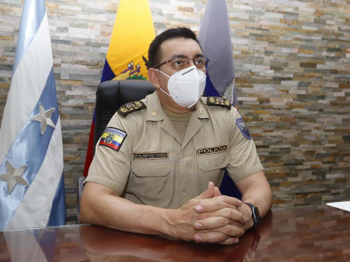 โฟสโต เบอนาโน ผู้บัญชาการตำรวจเอกวาดอร์