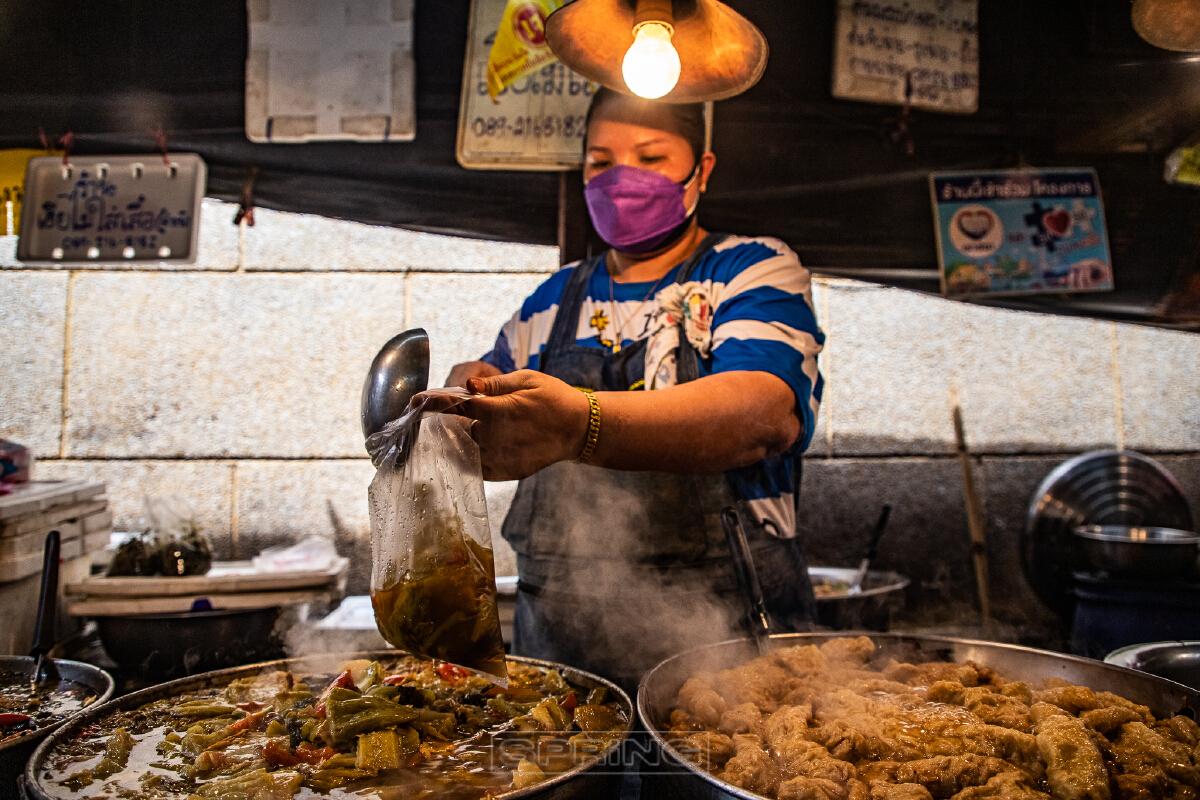 กินเจเยาวราชคึกคัก ประชนชนแห่ซื้ออาหารเจ แน่นตลาด