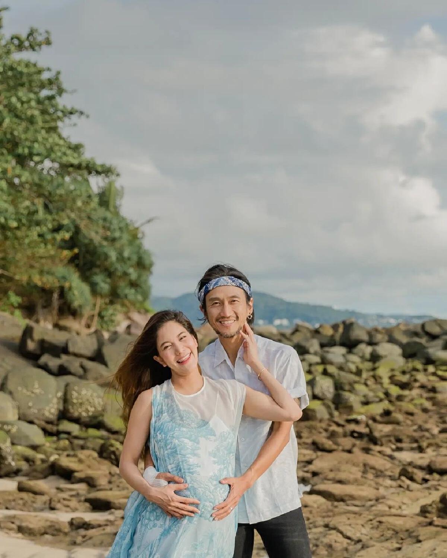 """ก้อย รัชวิน คลอดลูกชายคนแรกแล้ว ตั้งชื่อสุดน่ารัก """"น้องทะเล"""""""