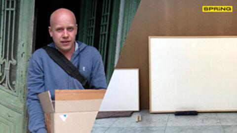 ศิลปินเดนมาร์ก ส่งภาพเปล่าให้พิพิธภัณฑ์ ตั้งชื่องานว่า รับเงินแล้วก็หนี